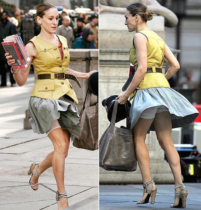 Фото как одевают женщины трусы